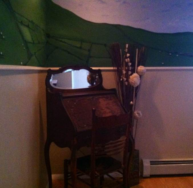 The corner where my writing desk used to reside.